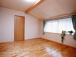 勾配天井の部屋